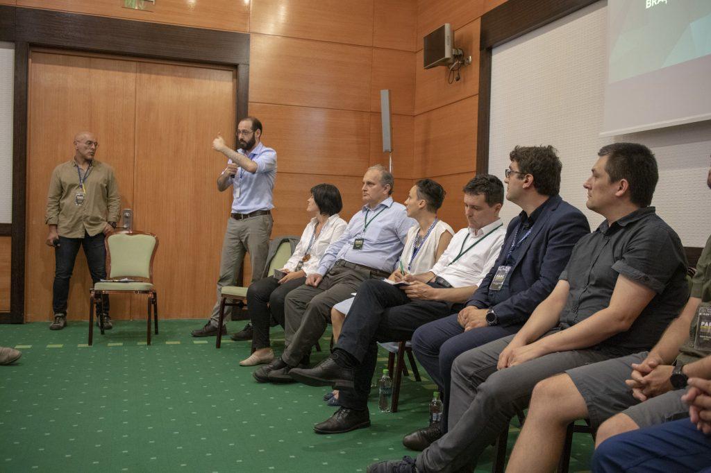 Dezbatere publica - Parc Sau Parcare - Salvati Parcul Central Nicolae Titulescu Brasov - Tudor Benga - deputat USR de Brasov